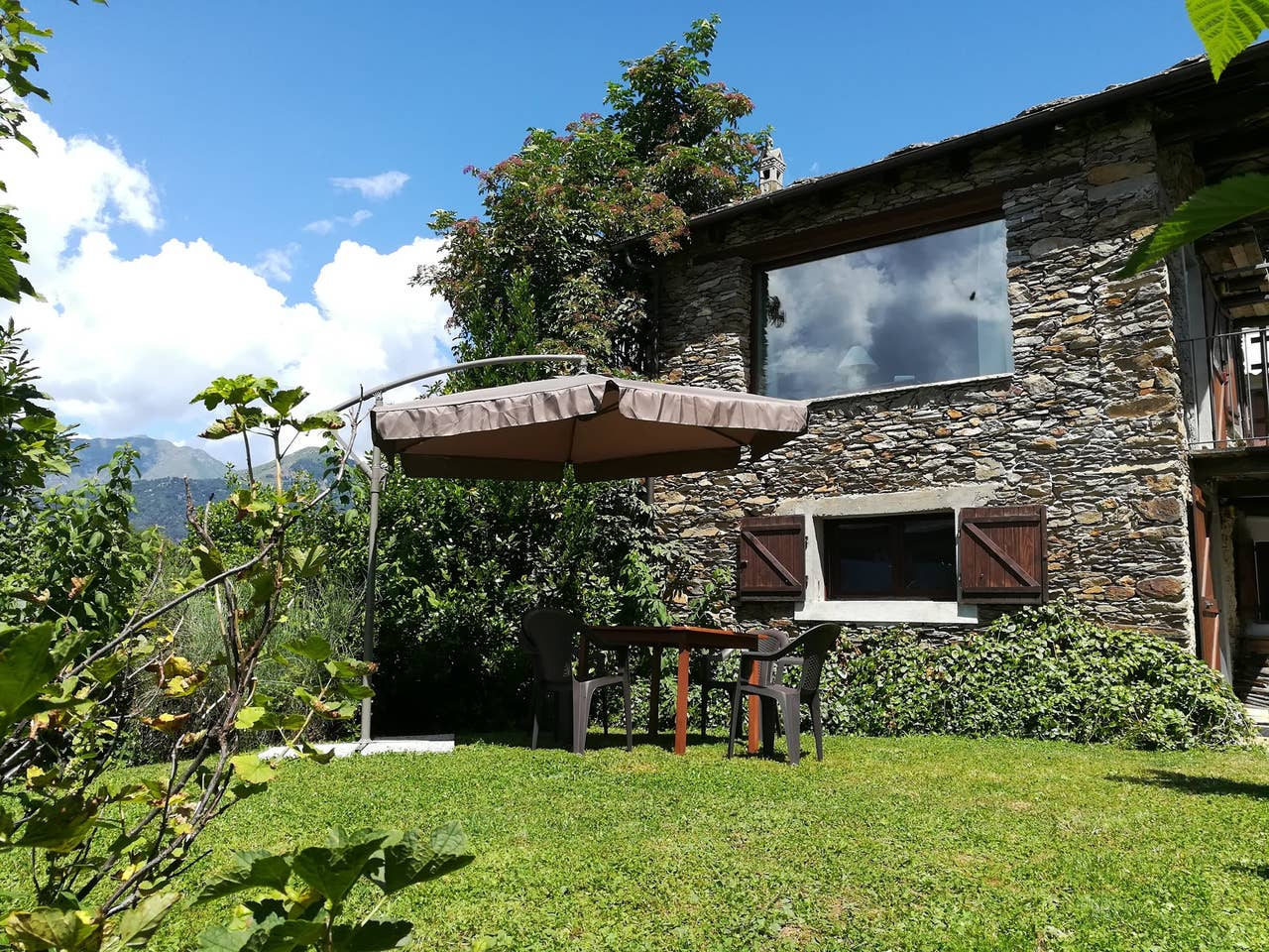 chalet lampone